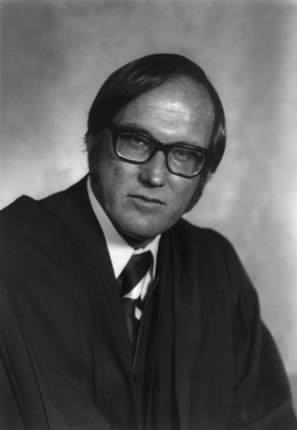 Constitutional Law Reporter - Donald Scarinci